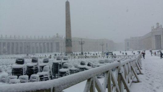 Salju di Vatikan 2