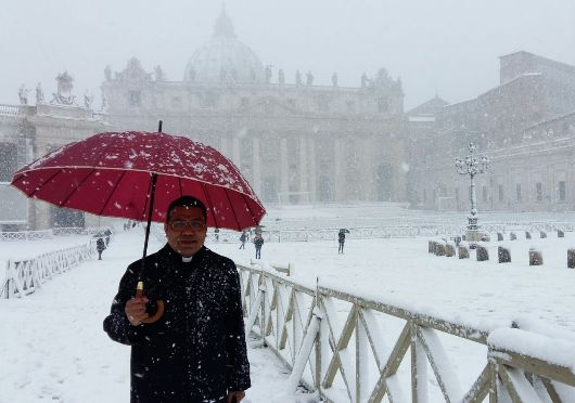 Salju di Vatikan