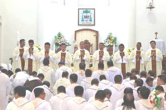 Tahbisan 9 Imam MSC di Manado7