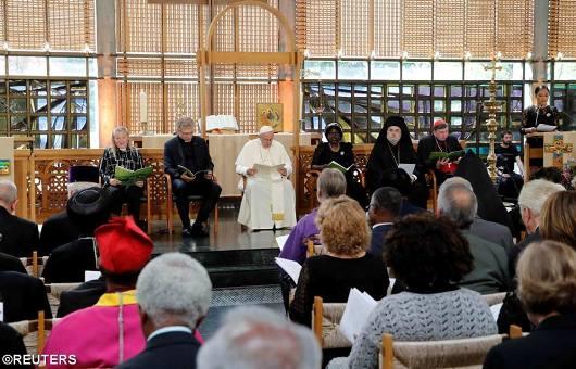 Paus bersama para pemimpin Gereja Kristen/Reuters