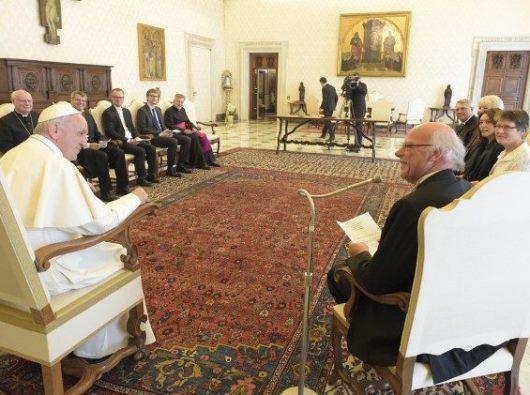 Paus Fransiskus menerima Delegasi  Gereja Lutheran Injili Jerman dalam sebuah audiensi di Vatikan/Vatican News