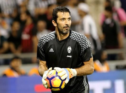 Gianluigi Buffon, Italia Kiper terkenal yang kini berusia 40 tahun itu berziarah ke Medjugorje di Bosnia setelah kejuaraan Euro 2012. (Wikipedia CC oleh 2.0,6/13)