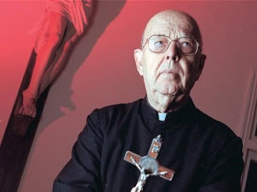 Pastor Gabriele Amorth, ketua eksorsis Roma. Aleteia