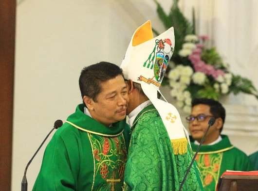Foto dari Berita Umat Katedral Bogor