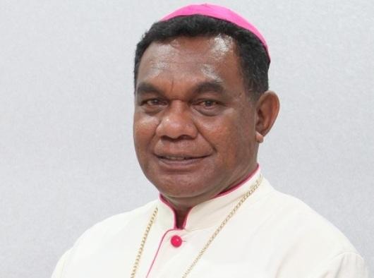 Mgr-Yohanes-Philipus-Gaiyabi-Saklil_02