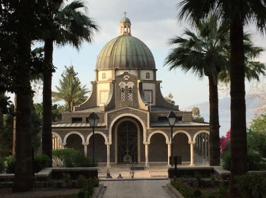 Gereja Bukit Sabda Bahagia di Israel. Foto dari situs Universitas Notre Dame, faith.nd.edu