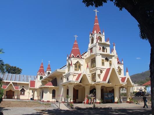 Katedral Larantuka