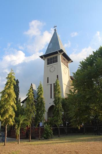 Katedral Maumere. PEN@ Katolik/pcp