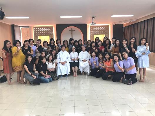 Provinsial Ordo Pewarta Filipina bertemu Kelompok Mother Prayers Pontianak.