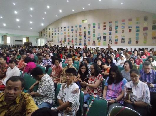 Para guru dan dosen di lembaga non Katolik/PEN@ Katolik/km