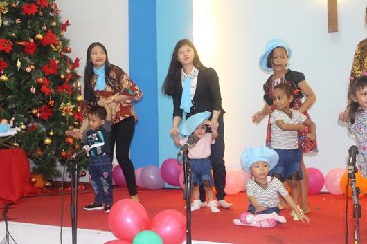 Penampilan Anak-Anak Panti Asuhan Alma (PEN@ Katolik/pcp)