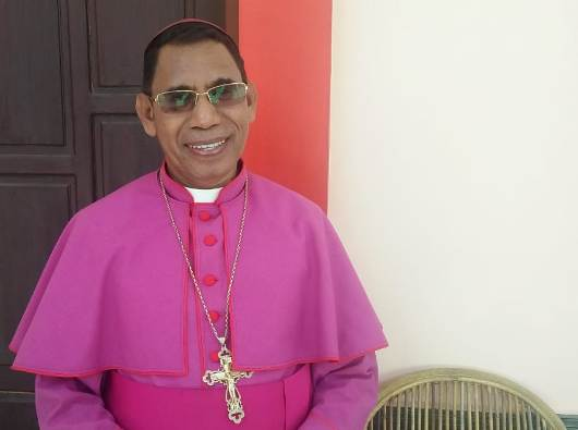 Uskup Atambua Mgr Dominikus Saku Pr