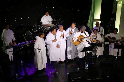 Dominican Band 3