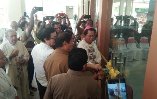 Mgr Adi Saputra membuka RSBP (PEN@ Katolik/ym)