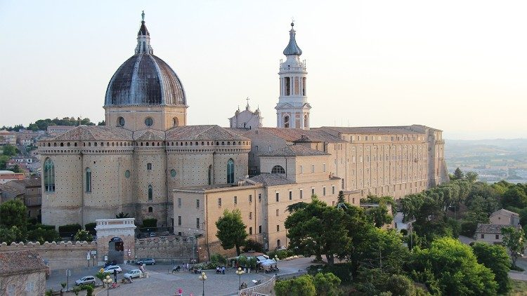 Tempat Ziarah Bunda Maria Loreto, Italia