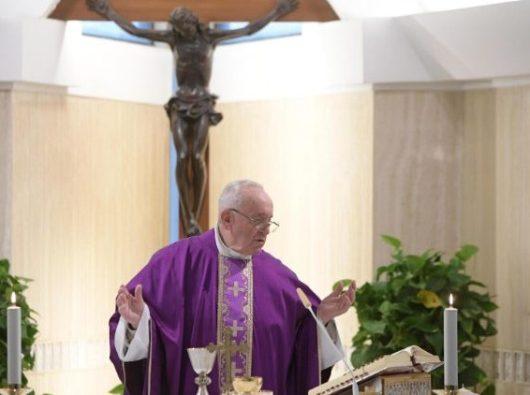 Paus Fransiskus dalam Misa di Casa Santa Marta 8 Maret 2019. Vatican Media