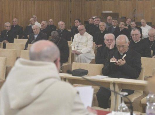 Paus dalam retret tahunan Prapaskah. Vatican Media