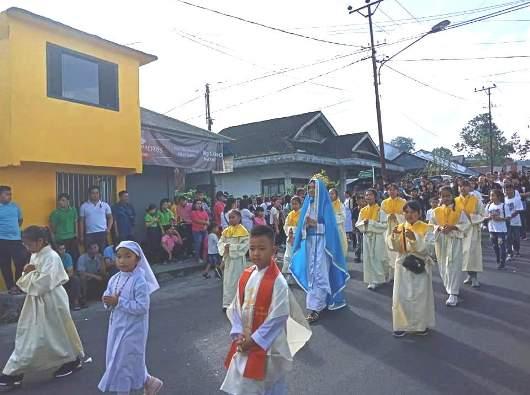 Peziarah dari Paroki Roh Kudus, Matani, Tomohon. Foto dari umat Paroki Roh Kudus.