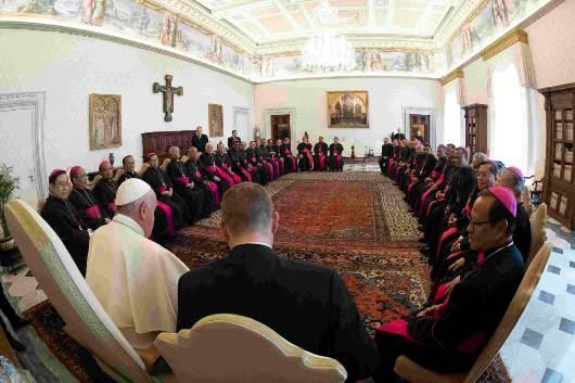 Para uskup Indonesia yang datang melakukan kunjungan ad Limina dengan Paus di Vatikan. Ist