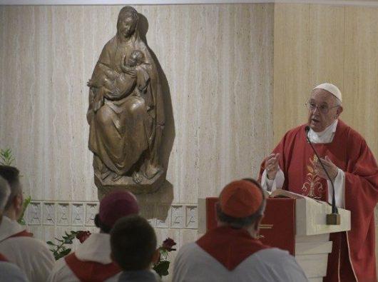 Paus memberi homili dalam Misa pagi di Casa Santa Marta (Vatican Media)