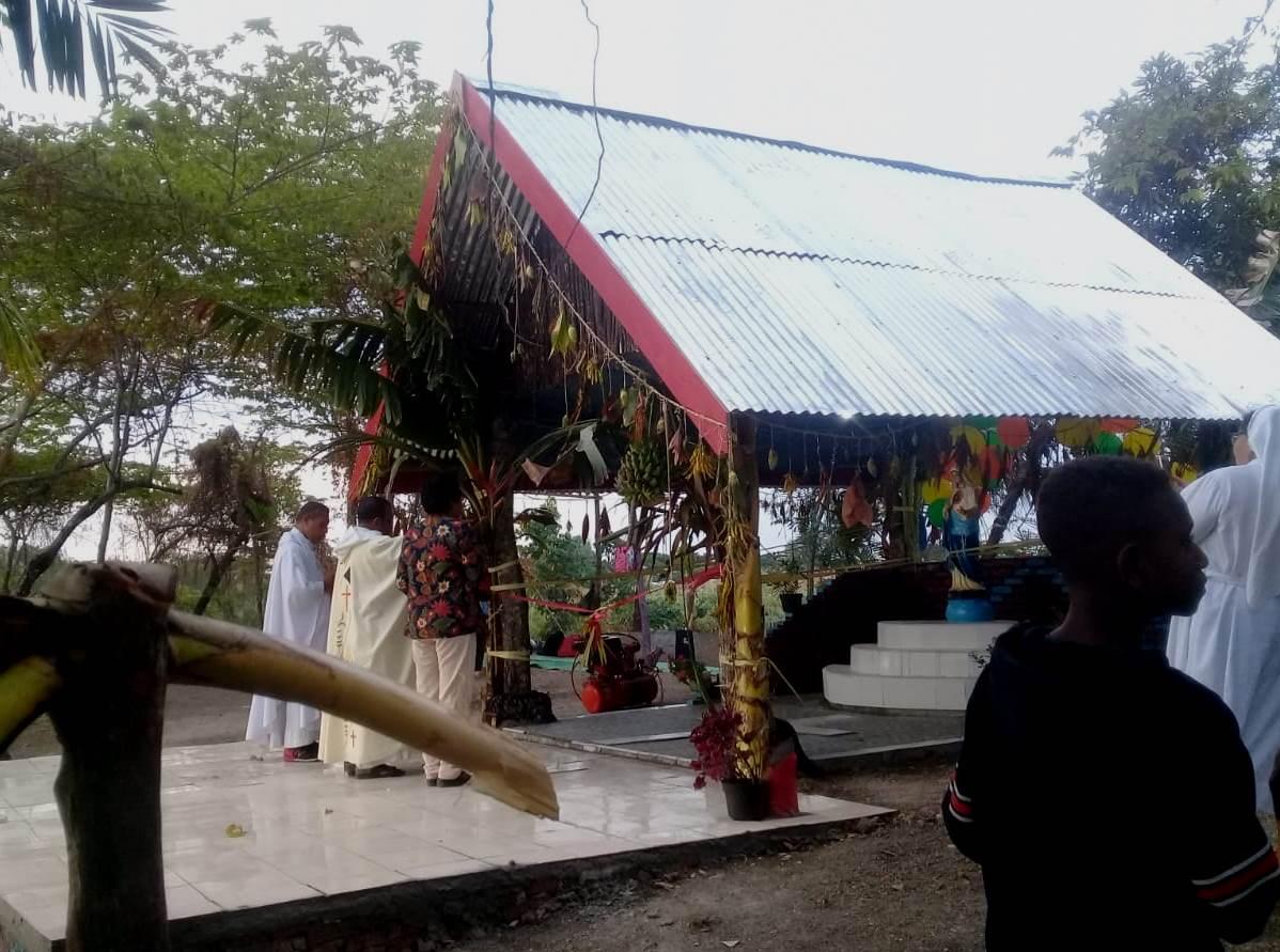 Pemberkatan Rumah Bunda Maria Yonggo untuk pentahtaan Sakramen Mahakudus (PEN@ Katolik/ym)