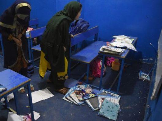 Sebuah ruang kelas di Kabul, Afghanistan, dekat dengan serangan bom mobil Taliban 2 Juli 2019 (Foto AFP)