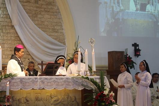 Penandatanganan dokumen Kaul Kekal (PEN@ Katolik/pcp)