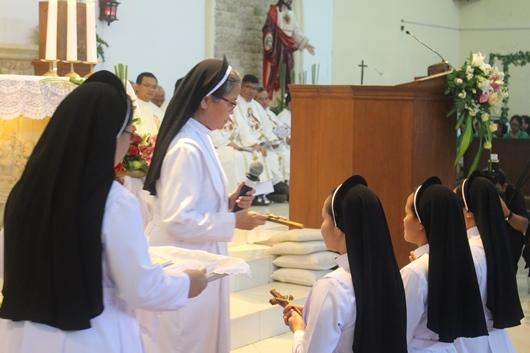 Penyerahan Salib (PEN@ Katolik/pcp)