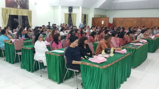 Peserta workshop dan Suster Maria Natalia OP (PEN@ Katolik/ferka)