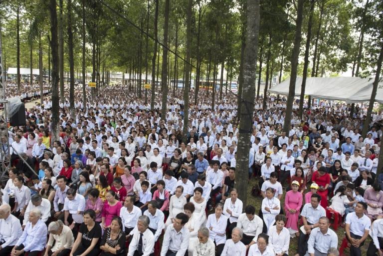 Sekitar 18.000 umat hadir dalam Misa Penutupan Kapitel Umum.