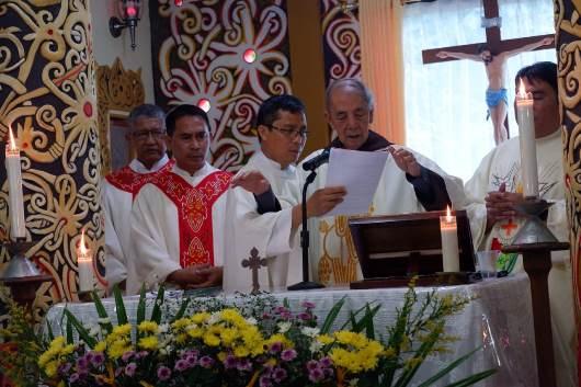 Konselor General Ordo Kapusin Asia-Pasifik Pastor Victor Dwiardi OFMCap (ketiga dari kiri)