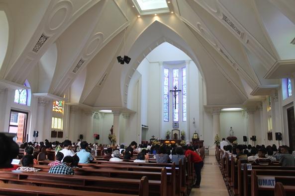 Katedral Manado (PEN@ Katolik/pcp)