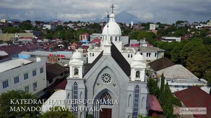 Katedral Manado (PEN@ Katolik)