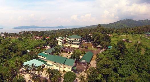 """Msgr William O'Brien & Fr Lambertus Somar Building"""" berada dalam kompleks Tall View House di Filipina ini"""