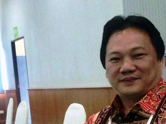 Pastor Steven Lalu Pr (Foto Tribun Manado)