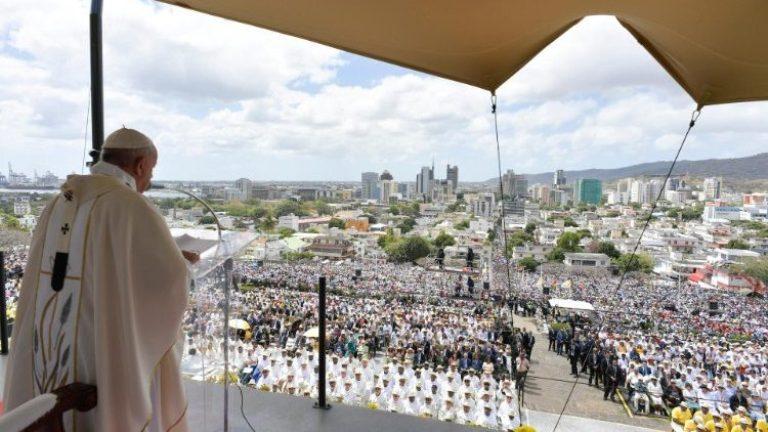 Paus di Mauritius 3