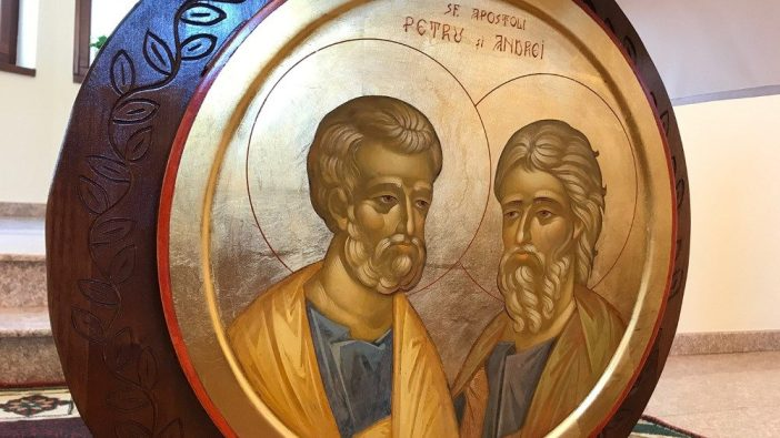 Ikon Santo Petrus dan Santo Andreas bepelukan