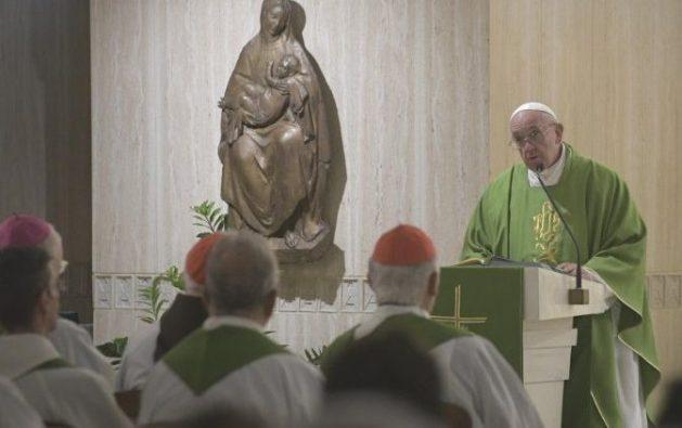 Paus Fransiskus menyampaikan homili dalam Misa Pagi 19 September 2019. (Vatican Media)