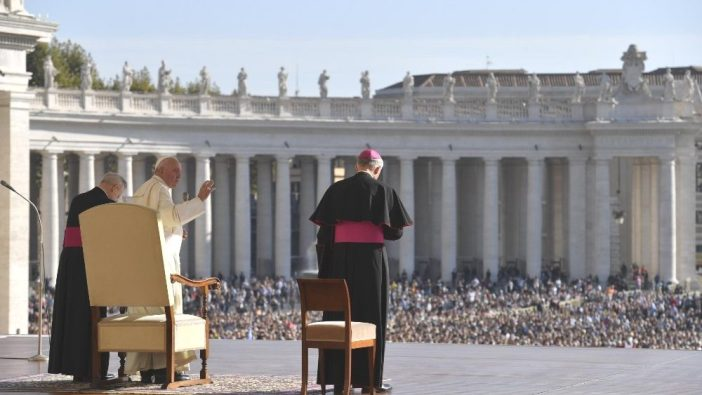 Paus Fransiskus dalam Audiensi Umum 23 Oktober 2019 (Media Vatikan)