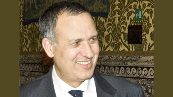 Carmelo Barbagallo, ketua baru Otoritas Informasi Keuangan Vatikan