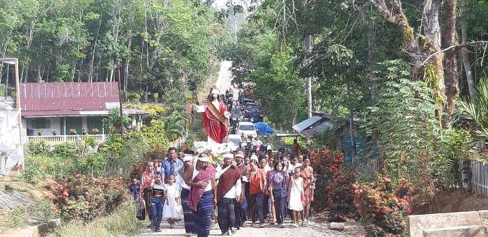 Perarakan Kristus Raja di Paroki Beteleme, Sulawesi Tengah (Foto diambil dari FB Komsos Manado)