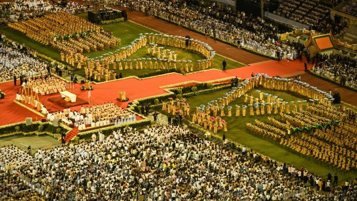 Misa Paus di Thailand 13