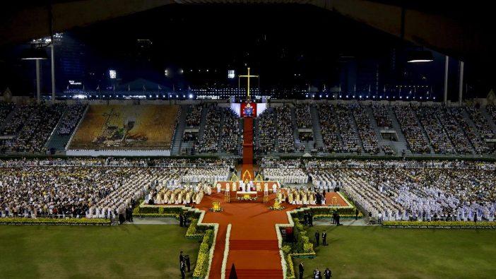 Misa Paus di Thailand 7