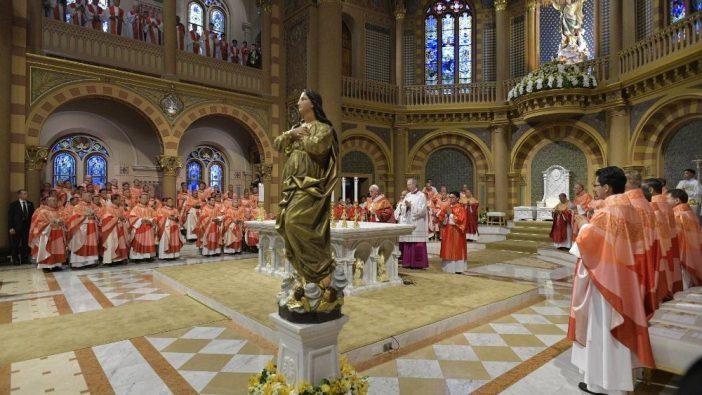Paus Misa OMK Thailand 1