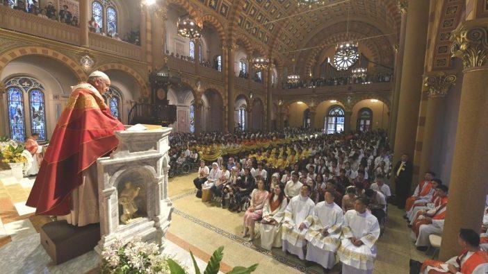 Paus Misa OMK Thailand 2