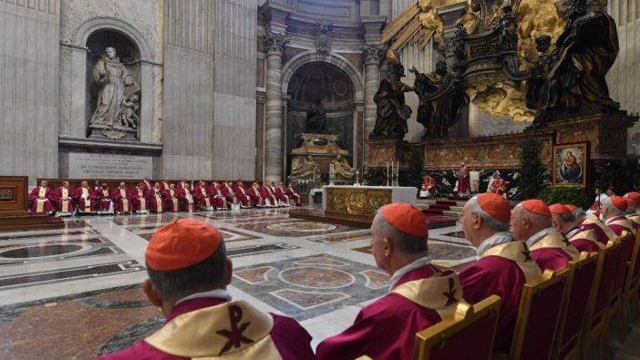 Paus Misa Requiem di Basilika Santo Petrus2