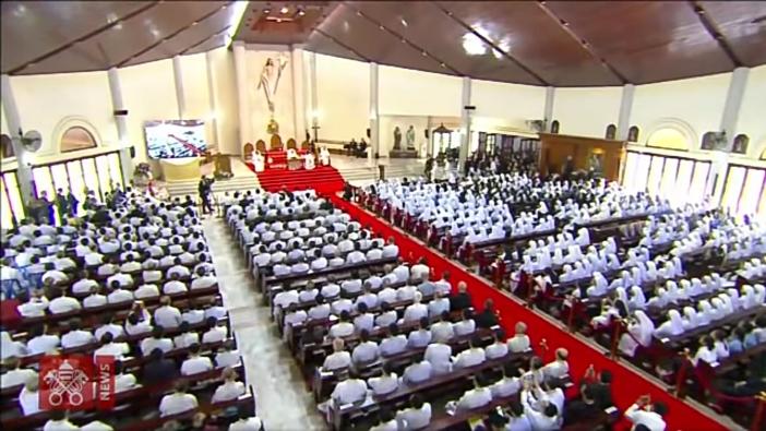 Paus bicara dengan imam religius hidup bakti frater katekis di Thailand tentang arti jadi Kristen 2