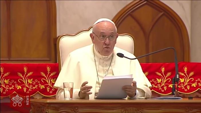 Paus bicara dengan imam religius hidup bakti frater katekis di Thailand tentang arti jadi Kristen 4