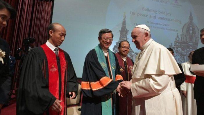 Paus dan Pemimpin agama 1