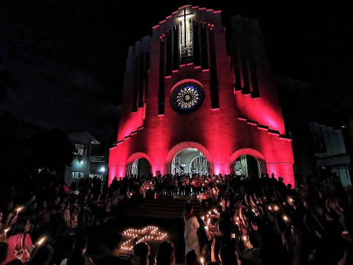 """Gereja Baclaran ikit memperingati """"Rabu Merah"""" tanggal 27 November 2019 untuk meningkatkan kesadaran akan nasib orang-orang Kristen yang dianiaya di seluruh dunia. ELMARC LIM"""